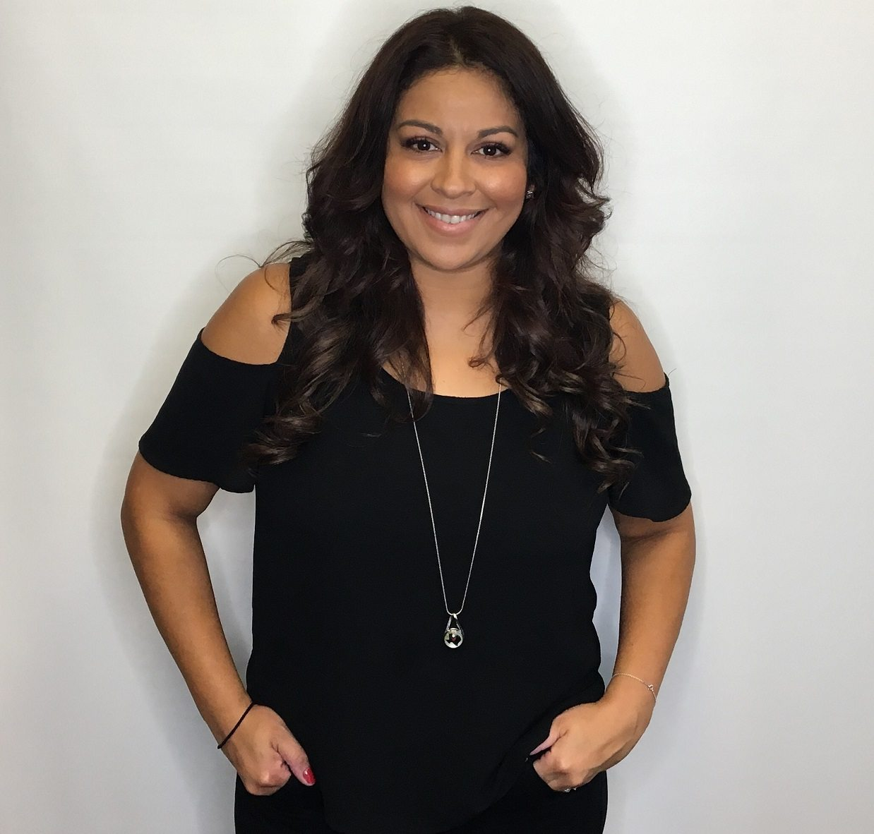 Sonia Isaguirre | Our Dallas Hair Extensions Specialist